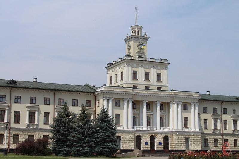 Під час кадрових ротацій Дмитро Габінет звільнив Ірину Трунову, яка з 2010 року очолювала управління культури, національностей, релігій та туризму