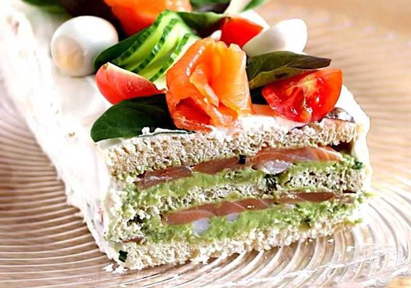 Будь-який із цих тортиків стане королем святкового столу.