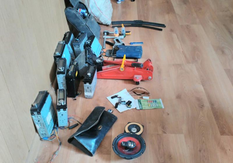 Під час обшуку в підозрюваних знайшли деякі викрадені речі