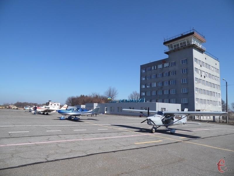 Депутати проголосували за збільшення фінансування аеропорту на 10 мільйонів гривень