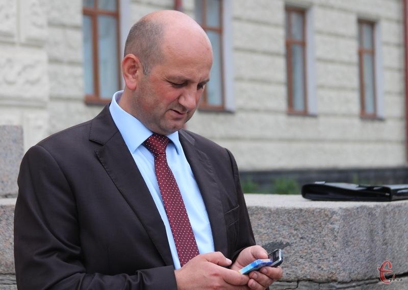Хмелшьницька обласна рада 21 червня розгляне заяву депутата Івана Гончара