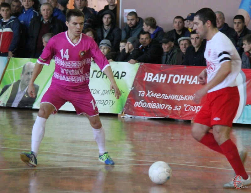 Анатолій Доманський (№14) на правах вільного агента перейшов із Спортлідера+ до Титана-Зорі.