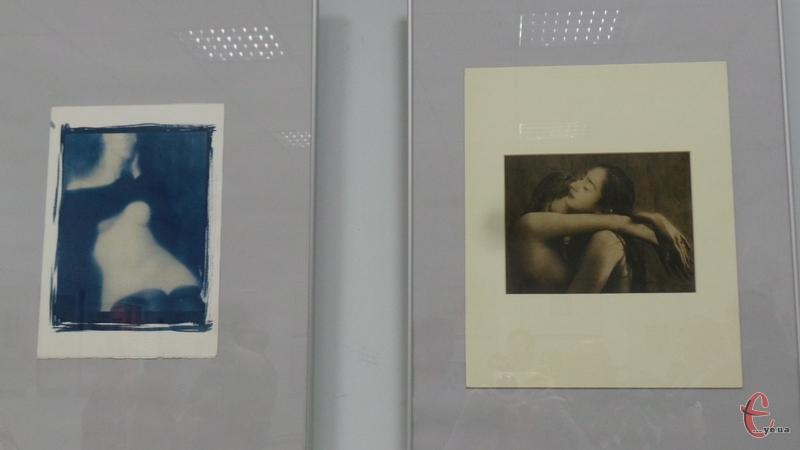 Фото виконані в унікальній техніці ручного друку