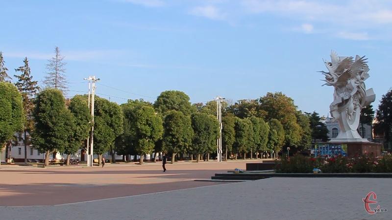 Вже з 1 серпня у Хмельницькому голосять конкурс на створення концепції з реконструкції майдану, який триватиме три місяці