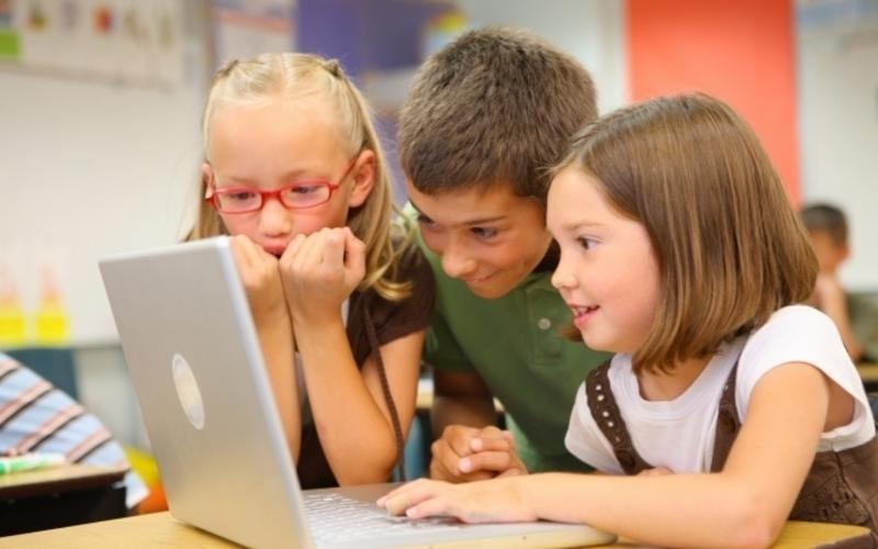 Не секрет, що у школі діти не лише здобувають нові знання та навички, а й хвороби