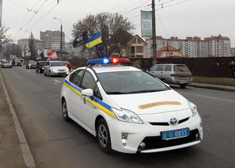 Автоколона зупиниться на головній площі міста