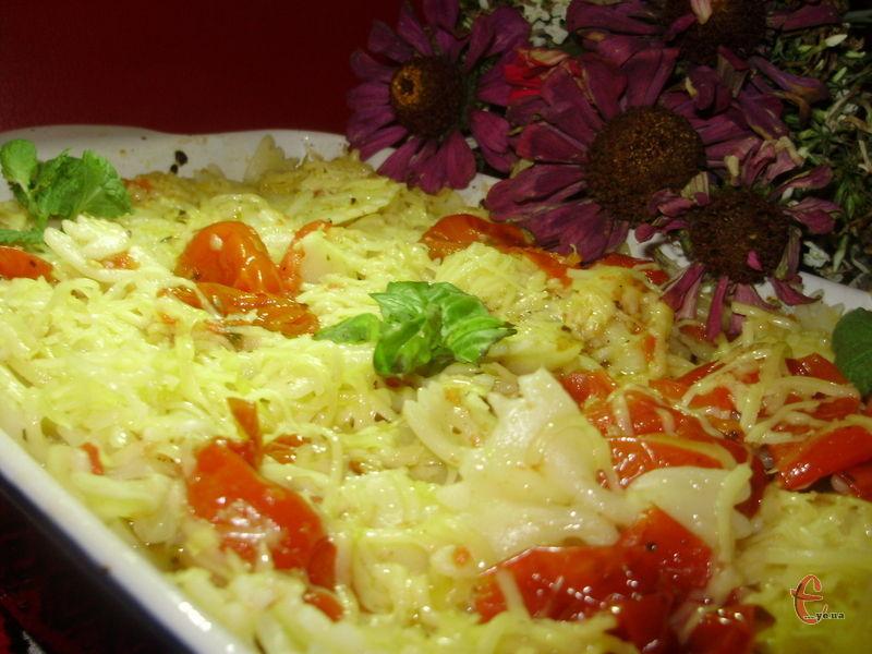 Такий томатний соус – ідеальний спосіб зробити прості буденні макаронні вироби перлиною вашої вечері.