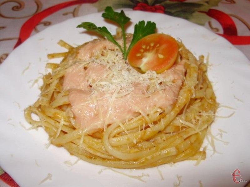 Це ідеальний сніданок-обід-вечеря для любителів італійської кухні.
