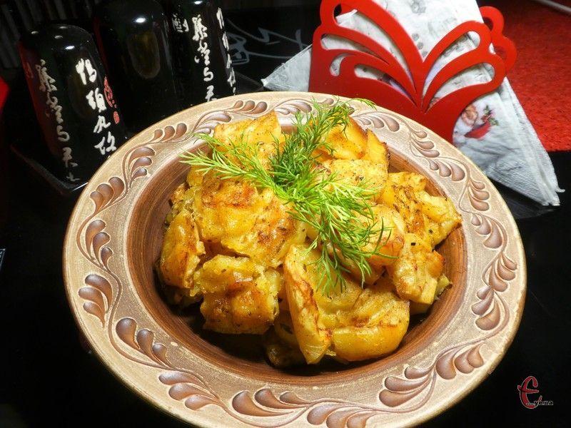 Дуже смачна, ідеальна картопелька – м'яка всередині й хрустка зовні.