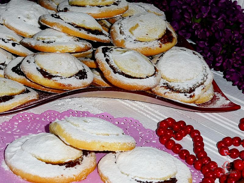 Дуже смачне печиво, і дуже просте за набором продуктів та в приготуванні.