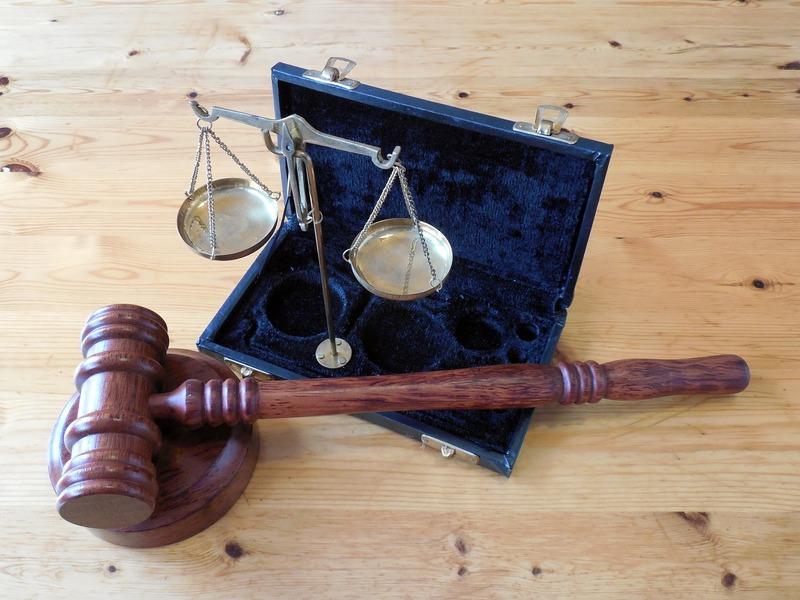 Обвинувачений надіслав суду заяву, в якій визнав свою провину