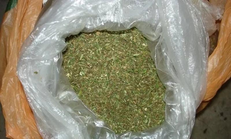 Затриманий пояснив, що більше півкілограма марихуану йому необхідно для себе, а не для продажу