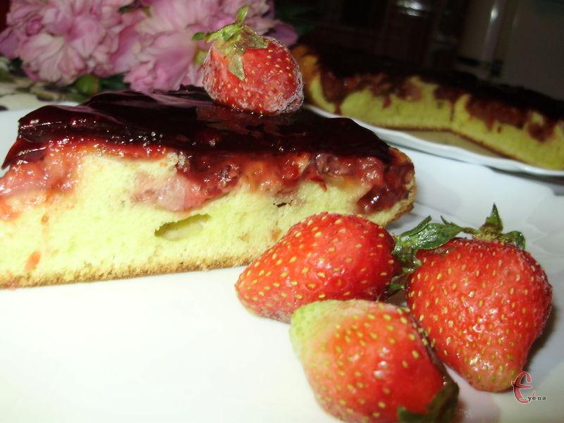 Французька випічка за мотивами а-ля тарт Татен.