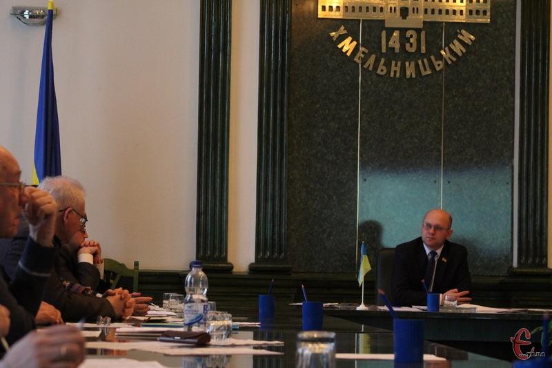 На засіданні топонімічної комісії затвердили список нових назв вулиць Хмельницького, які тепер розгляне мер міста Олександр Симчишин