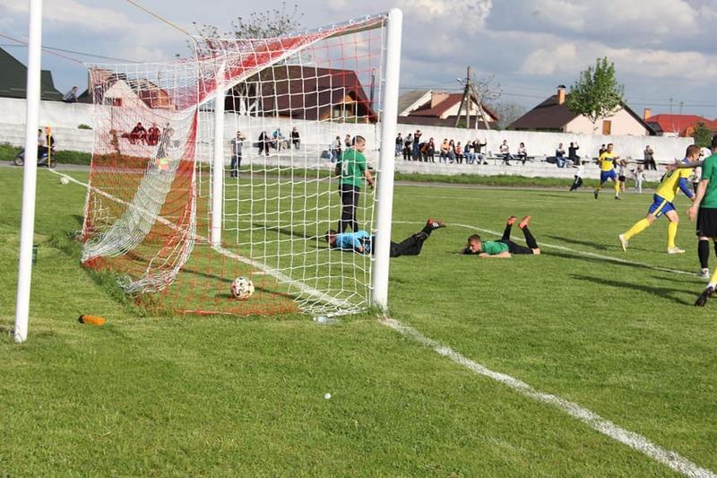 У першому турі чемпіонату Хмельницької області з футболу було забито 39 голів у 9 матчах