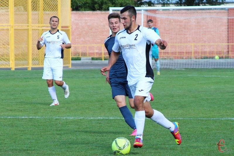 Андрій Скакун (№2) вже відновився від травми і забив два голи в чемпіонаті області