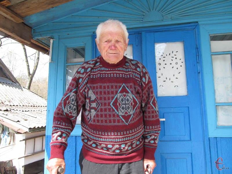 За довге життя Феодосію Івановичу довелося багато працювати і ходити пішки.