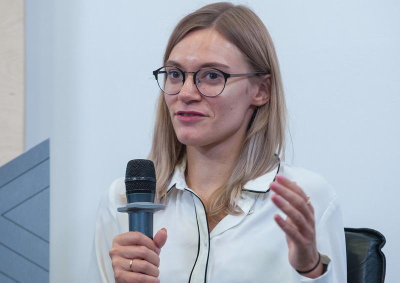 «Фейки зазвичай публікують у фейсбуці, телеграмі та на сайтах «зливних бачках», — Юлія Гриценко