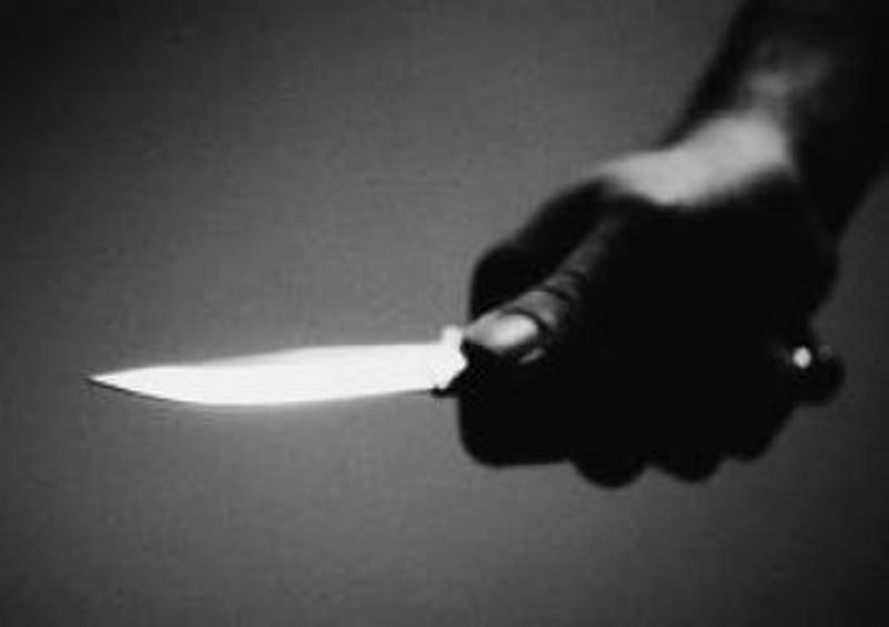 Хмельничанка ударила приятеля ножем прямісінько у серце