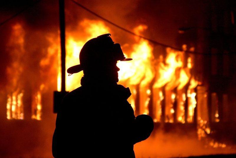 Вогнеборці врятували жінку