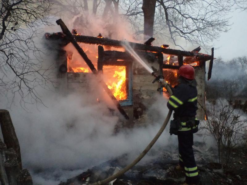 Ймовірна причина загоряння – порушення правил пожежної безпеки під час експлуатації опалювальної печі
