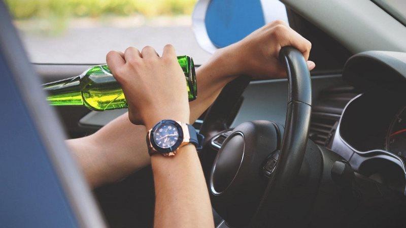 За вихідні патрульні виявили 14 водіїв, що керували транспортними засобами з ознаками сп'яніння