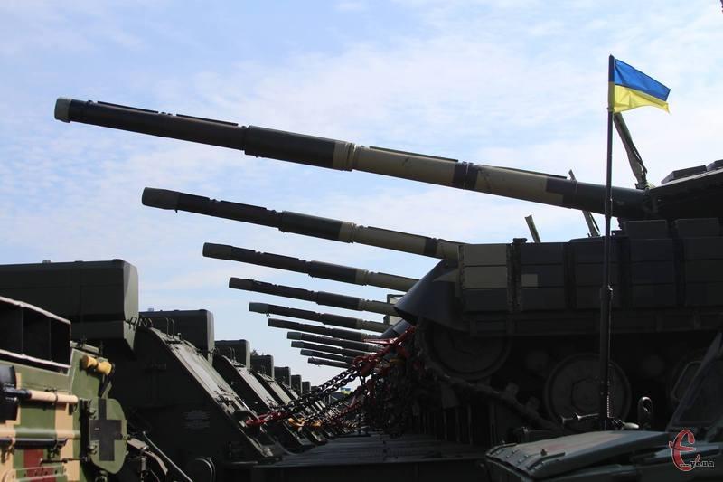 Збройним силам України передали оновлену та модернізовану техніку