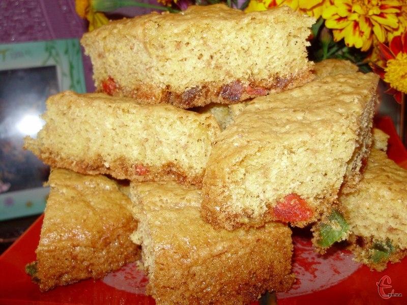 Елементарний не клопіткий пиріг, який дуже швидко готується.