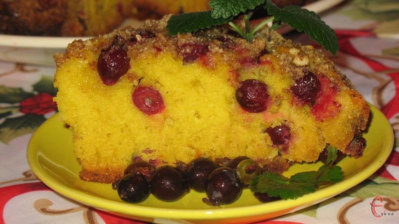 Пиріг виходить великий і дуже ароматний!