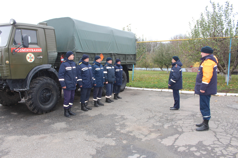 Хлопці поміняють своїх колег, які з 27 вересня виконують свій обов'язок  із гуманітарного розмінування території