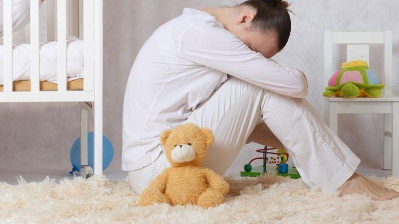 Пригнічений стан, дратівливість, тривожність у жінки – поширені проблеми після вагітності