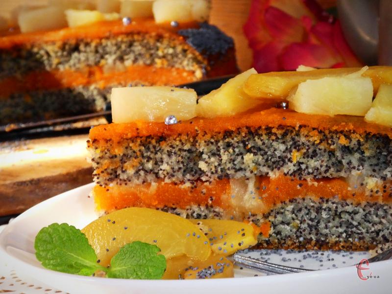Дуже ароматний та апетитний тортик. Таке собі апельсиново-маково-ананасове диво! Вибух смаку й емоцій!