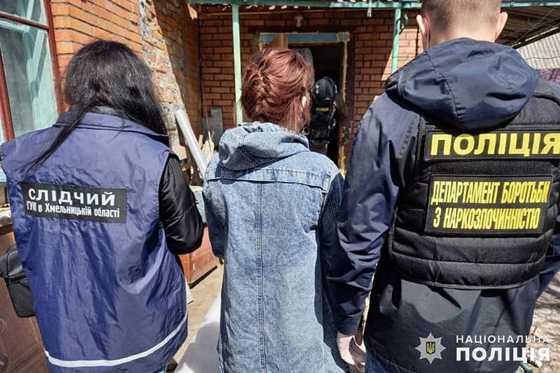 30-річну жінку затримали під час збуту чергової партії амфетаміну