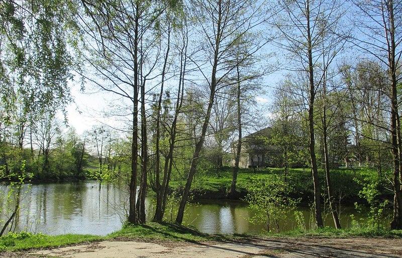 Площа парку понад 30 гектарів