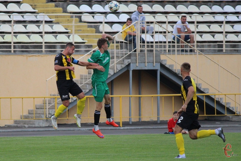 У червні 2016 року Поділля та Буковина зіграли два спаринги в Хмельницькому. Один з рахунком 0:0, інший - 5:1 на користь гостей