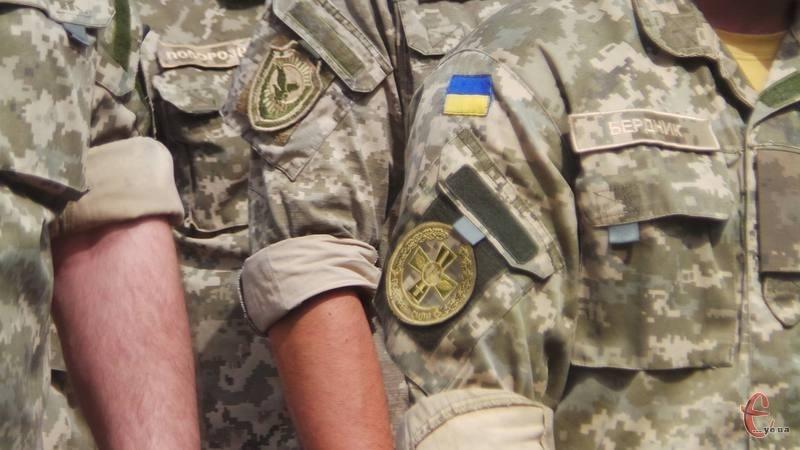 Подоляни продовжують допомагати українській армії