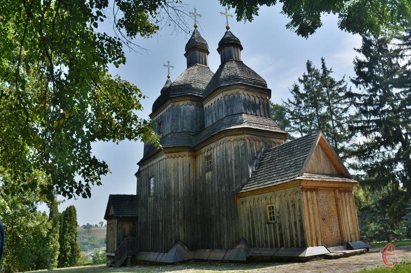 Церква у Зінькові збудована у 1769 році