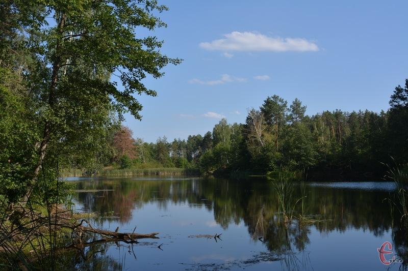 На Голубих озерах можна милуватися гарними пейзажами