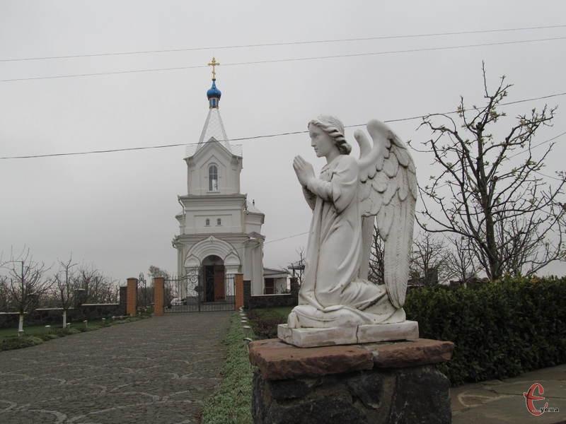 Церква у Пилипах має цікаву історію