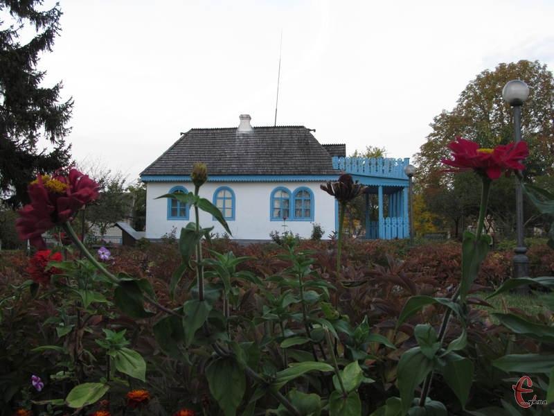 У цьому будиночку Леся Українка написала чимало творів