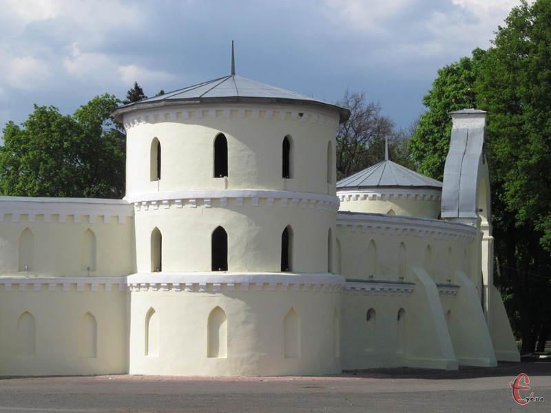 Круглий двір - унікальна пам'ятка архітектури