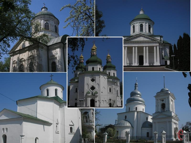У невеликому місті збереглося близько 15 старовинних храмів