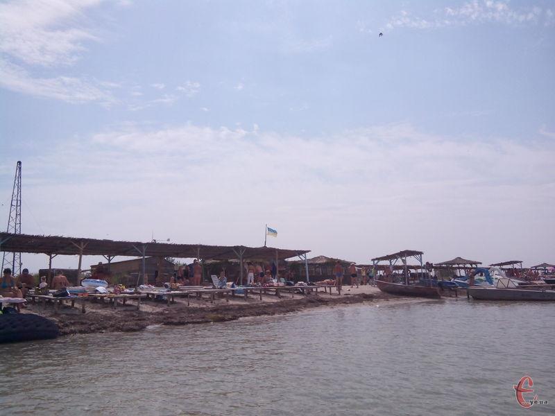 На острові створений Джарилгацький національний природний парк