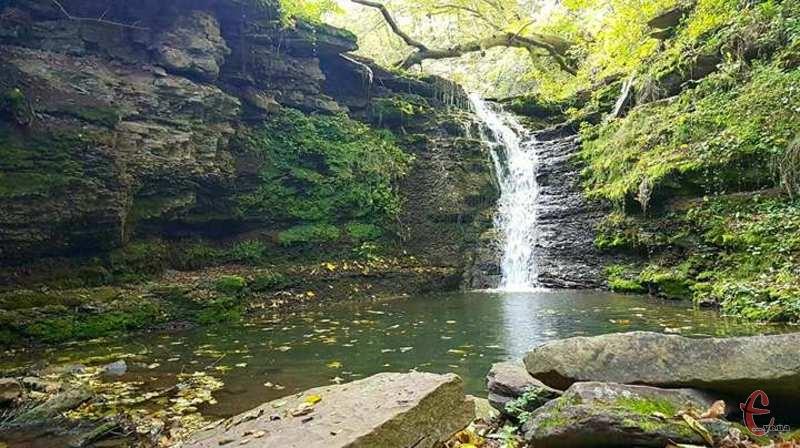 Унікальний каскад водоспадів розташувався у Бучацькому районі на Тернопільщині