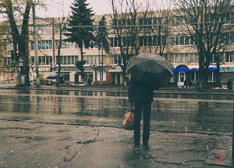 Дощ супроводжуватиме подолян впродовж усього робочого тижня