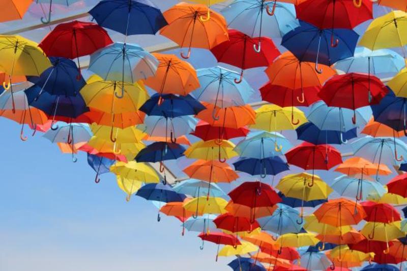 Вихідні навіть у дощ можуть бути кольоровими