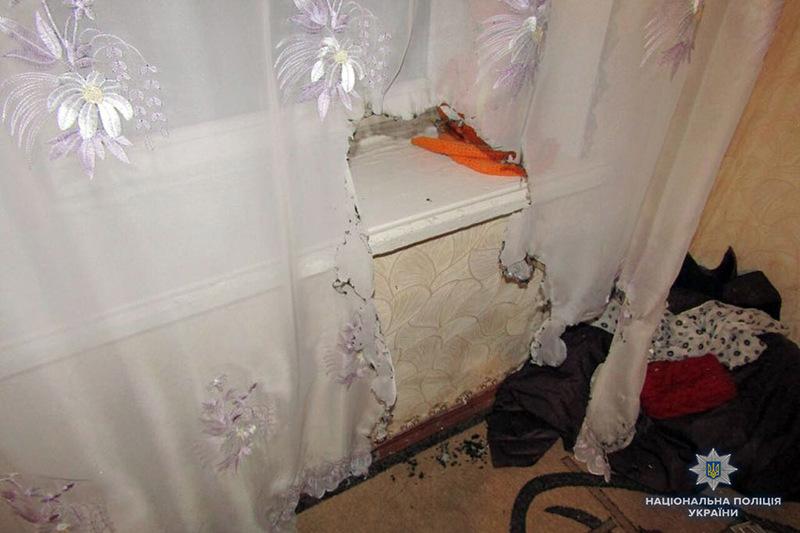 На Хмельниччині поліцейські затримали грабіжника, який з метою приховування слідів злочину намагався підпалити будинок
