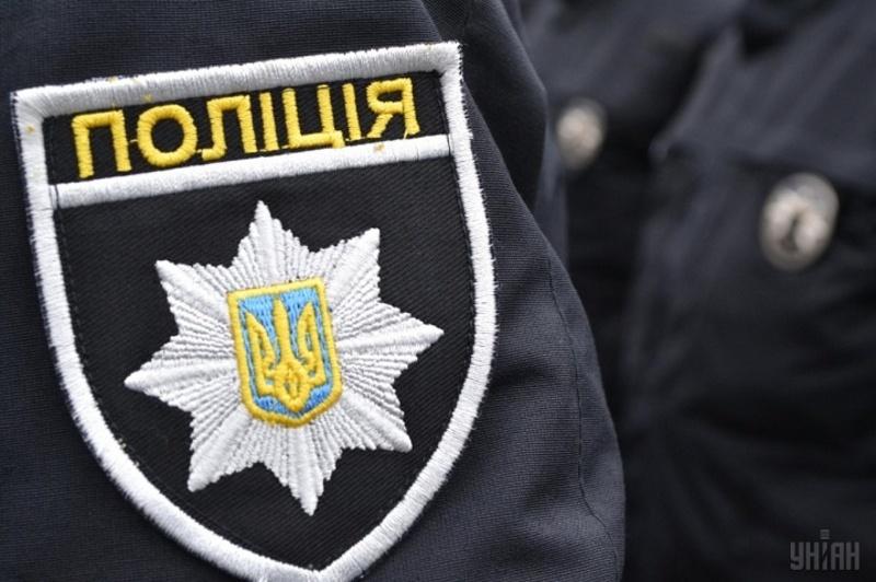 Працівники кримінальної поліції Кам'янця-Подільського затримали чоловіків, які перебували в розшуку