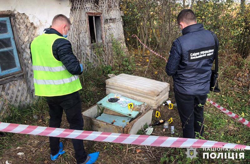На Хмельниччині поліцейські затримали чоловіка, який через помсту убив свого сусіда