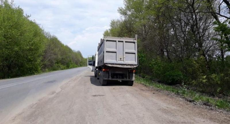 На Хмельниччині водій вантажівки попався з